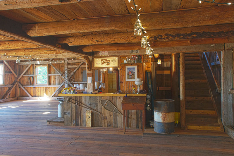Grange Manson Barn Austin Quebec Perfect Venue For Your